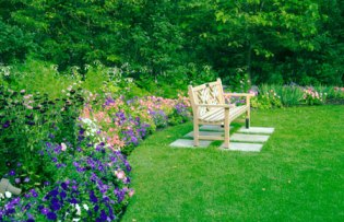Garden Bench Will Enhance The Beauty Of Your Garden