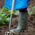 What To Consider When Selecting Proper Garden Boots?