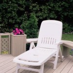 Plastic Garden Furniture for a New Patio